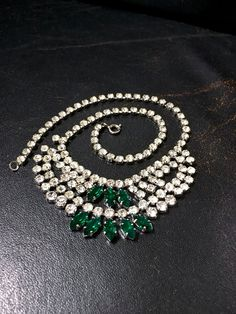 Vintage Party Necklace, Emerald Glass Necklace, Diamante Crystal Necklace, Hollywood Glamour, Rhinestone Necklace, Bib Necklace, UK Shop