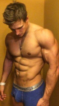 Muscle Boy, Hot Guys, Hair Beauty, Boys, People, Studs, Men, Athletic, Baby Boys