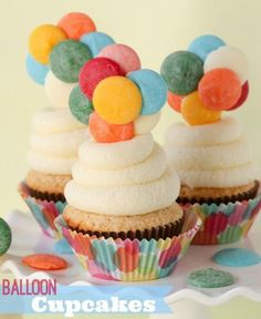 """UP"" Inspired Balloon Cupcakes -- these fun cupcakes require no special decorating skills.  The toppers are edible, too!!"