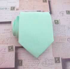 Hey, I found this really awesome Etsy listing at http://www.etsy.com/listing/155148141/necktie-pastel-mint-green-mens-tie