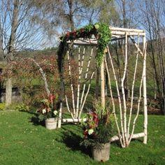 birch-arbor-Wedding-at-The-Round-Barn
