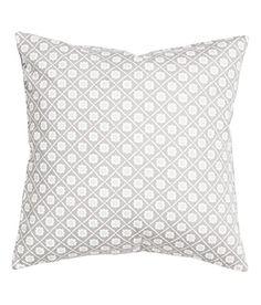 Accent Decorative Pillow Cushion Cover 100% Cotton Twill Cushion Sleeve 16-by-16 inch Diamond Floral Print (Grey / Gray) SweetyPie. http://www.amazon.com/dp/B014HVSN2O/ref=cm_sw_r_pi_dp_2fPiwb1ZR0HVG