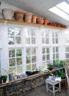 Winter garden of recycled windows/ Orangeri af gamle vinduer Garden Shed Interiors, Greenhouse Interiors, Gazebos, Greenhouse Plans, Potting Sheds, Glass House, Garden Planning, Outdoor Living, Home And Garden