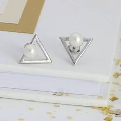nspired by the clear, precise lines of the Art Deco era, these pearl and sterling silver stud earrings will add a touch of glamour to your wedding day #pearlearrings #bridaljewellery
