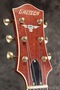 Crafted by master builder Stephen Stern, this guitar resembles the original Knotty Pine model.This guitar is in great condition as it has no signs of cosmetic Jazz Guitar, Guitar Art, Cool Guitar, Violin, Alyssa Milano Hot, Gretsch, Acoustic, Music Instruments, Headers