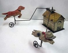 RARE-PREWAR-Japanese-Antique-DOG-Chasing-CAT-Celluloid-Rotating-Tinplate-Tin-Toy
