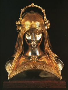 Alphonse Mucha - Head of a Girl: commissioned by a famous Pari-sian perfumer for the International Exibition in Paris in 1900. The form of this bust was inspired by Re-naissance sculpture, but Mucha chose to use modern silver & parcel gilding techniques to create striking effects