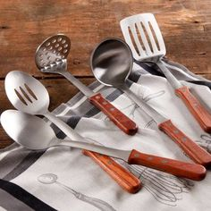 The Pioneer Woman Cowboy Rustic Kitchen Essentials 5-Piece Tool Set with Rosewood Handle - Walmart.com $27.30