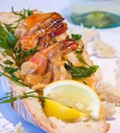 Colossal Prawn Scampi with Toasted Baguette Colossal Prawn Scampi with Toasted Baguette Serves 4 Ingredients 20 each Colossal prawns 2 tablespoons can...