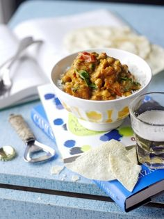 Sweet potato, chickpea & spinach curry from Jamie Oliver.just wondering if I could substitute potato for the sweet potato? Vegetable Dishes, Vegetable Recipes, Vegetable Tian, Vegetable Samosa, Vegetable Spiralizer, Vegetable Casserole, Spiralizer Recipes, Vegetable Pizza, Curry Recipes