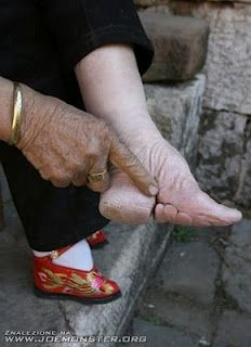 Example of foot binding and other body modification traditions and rituals from around the world.