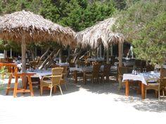 Es Torrent Ibiza Visresto aan strnd Zuid Ibiza in san joseph
