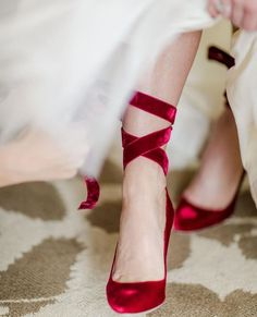 Beautiful red bridal shoes for a snowy winter Christmas wedding. Beautiful red bridal shoes for a snowy winter Christmas wedding. Red Bridal Shoes, Red Shoes, Cute Shoes, Me Too Shoes, Blue Bridal, Velvet Shoes, Red Velvet, Winter Wedding Shoes, Snowy Wedding