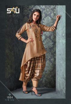 swag vol 3 Stylish party wear kurtis concept Pakistani Dresses Casual, Indian Fashion Dresses, Pakistani Dress Design, Indian Designer Outfits, Designer Dresses, Indian Fashion Trends, Modest Fashion, Korean Fashion, High Fashion
