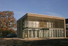 energiezuinig en energie leverend passiefhuis te Wierden gebouwd volgens het passiefhuisconcept - schipperdouwesarchitectuur