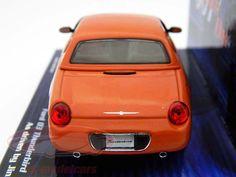 """400082130: Ford 03 Thunderbird orange James Bond Movie Car 2002 1:43 Minichamps, EAN 4012138045132Hersteller: Minichamps Maßstab: 1:43 Fahrer: Jinx Fahrzeug: Ford 03 Thunderbird Serie: James Bond """"Die another day"""" Baujahr: 2002 Artikelnummer: 400082130 Farbe: orange EAN 4012138045132"""