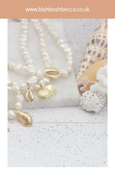 Indulge yourself with this gold plated seashell charm and pearl choker necklace, when you feel the call of the ocean. Get this beautiful seashell charm necklace for you or a gift for a special lady Pearl Choker Necklace, Seashell Necklace, Earrings, Summer Jewelry, Pearl White, Sea Shells, Gold Jewelry, Chokers, Charmed