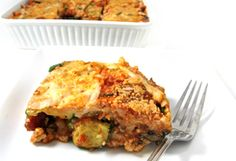 Skinny Lasagna - 5 WW Smart Points: When I think of Italian comfort food, a yummy lasagna comes to mind. This lasagna is so decadently delicious and made without noodles! It's skinny since using fat-free turkey, fat-free ricotta … Skinny Recipes, Ww Recipes, Low Calorie Recipes, Cooking Recipes, Healthy Recipes, Recipies, Diabetic Recipes, Lasagna Recipes, Skinny Meals