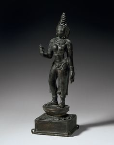 An important bronze figure of Parvati, South India, Chola period, 12th century. Estimate: $300,000 – $400,000. Photo: Christie's Images Ltd 2015.