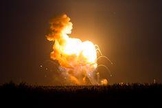 File:Antares Orb-3 launch failure (201410280011HQ).jpg