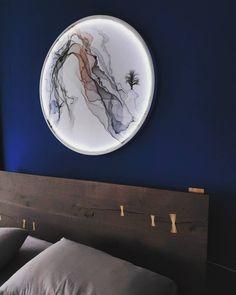 "Today's ""𝑴𝒐𝒐𝒅𝒃𝒐𝒂𝒓𝒅 𝐎𝐢𝐤𝐚𝐝𝐞 𝐇𝐨𝐦𝐞 𝐃𝐞𝐬𝐢𝐠𝐧 ) 📧 info@oikade.com.gr 🔗 www.oikade.com.gr #darkwood #gold #patina #goldendetails #bluewall #bluewalls #wallart #roundwallart #artonwalls #ledlighting #modern #designmood #moodboards #moodoftheday #designstatement #designfeedinstagram #designpost #imteriordesign #imteriordeco #bedroomdecor #oikade #athens #greece"