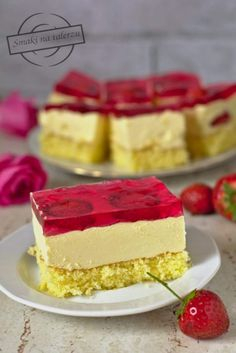 Cake with pudding mass and strawberries - Flavors on the plate Cake Bars, Sweets Cake, Pudding Cake, Polish Recipes, Baking Tips, Vanilla Cake, Sweet Recipes, Deco, Cheesecake