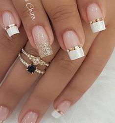 French Nails, Glitter French Tips, Glitter French Manicure, Nails French Design, Bridal Nails Designs, Wedding Nails Design, Nagellack Design, Nagel Hacks, Winter Nail Designs