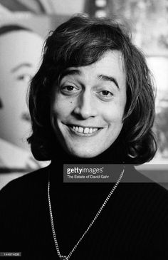 Singer songwriter Robin Gibb of the musical group The Bee Gees poses for a portrait in April 1974 in Miami, Florida.