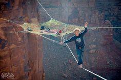 http://www.napiplusz.hu/cikk/monkeys-csoport-akcioban-a-adrenalin-es-magassag-megszallottai-