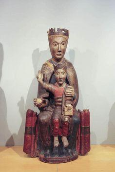 Virgen románica. Mare de Déu amb el Nen, siglo XII, Catalunya. Museo Frederic Marés.
