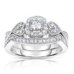 14K White Gold Diamond Engagement Ring (3/4 CT) In Size 7 FineDiamonds9 http://www.amazon.com/dp/B00HB8YBZE/ref=cm_sw_r_pi_dp_ehxPub0DB3CDP