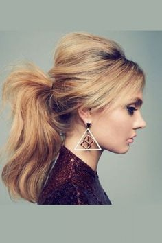 The Perfect Updo! 40 Stunning Hairstyles You Can Do Yourself: Perfect Pony. For more ideas, click the picture or visit www.sofeminine.co.uk