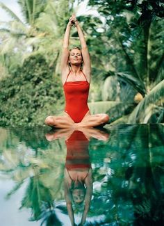 Nature, colours, yoga.. a perfect picture! <3