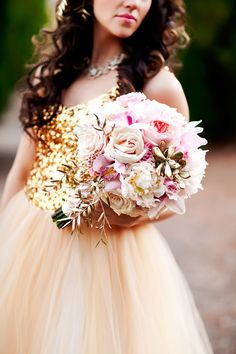Gold and Pnk wedding bouquet - Perfect with a light coral/pink coloured dress for Bridesmaids