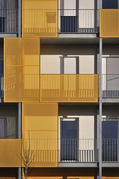 Logements Sociaux Ti Koad - forma6 Residential Architecture, Contemporary Architecture, Interior Architecture, Terrace Building, Building Facade, Facade Design, Exterior Design, Detail Architecture, Balcony Railing Design