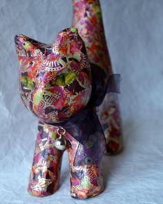 Y en esta otra combinación. Gatita mimosa! www.artandpatchbarcelona.com #gats #gatos #cats_of_instagram #barcelonainspira #barcelona #regalosoriginales #regalos #handmade #fetama