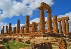 Valley of the Temples in Agrigento www.thisoffscriptlife.com #sicily #valleyoftemples #agrigento
