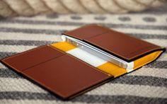 Classics iPhone Wallet