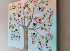 Do you have extra buttons around the house that you want to use? Try these fun button project ideas that are perfect for both kids and adults! Diy Christmas Garland, Christmas Card Crafts, Christmas Canvas, Star Garland, Kids Canvas Art, Canvas Crafts, Button Canvas Art, Button Crafts For Kids, Pinterest Diy Crafts