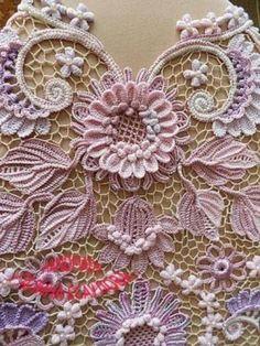 Ideas For Crochet Doilies Irish Lace Irish Crochet Patterns, Crochet Motifs, Freeform Crochet, Crochet Art, Crochet Doilies, Crochet Stitches, Crochet Puff Flower, Crochet Flowers, Crochet Unique