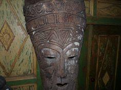 Ancien masque indonésien est en vente sur notre Brocante en ligne par benjemau27 Plus de photos et contact à cette adresse : http://www.lesbrocanteurs.fr/annonce-antiquaire/ancien-masque-indonesien/