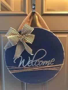 Welcome Door Hanger, Welcome Sign, Housewarming Gift, All Year Door Hanger, Round Door Hanger, Wood Door Wreath, Blue Door Hanger