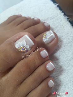 Nail Art Designs Videos, Toe Nail Designs, Toe Nail Art, Toe Nails, Pedicure Nails, Nail Technician, Winter Colors, Beauty, Nail Jewels