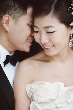elegant traditional Korean wedding, photos by Ari Simphoukham Photography | via junebugweddings.com