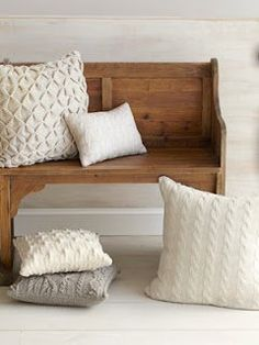 LOVE these pillows! They look so comfy! -Knitted White Throw Pillows - White Knitted Home Decorations - Country Living Sweater Pillow, Knit Pillow, Knitted Pillows, Pillow Talk, Tapetes Diy, White Throw Pillows, Neutral Pillows, Couch Pillows, Sofa