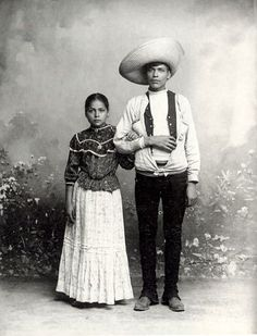 CultureHISTORY: Photos by Romualdo Garcia c. 1900s-1910s  Portraits of Mexico from one of the great and lesser-known photographers of the early 20th century.