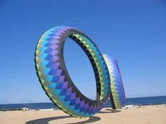 Oh those Wildwood days! Circle kites on the beach at The Wildwoods, N. Beach Look, Beach Bum, Ocean Beach, Best Vacation Spots, Best Vacations, Dragon Kite, Kite Making, Kite Designs, In The Air Tonight