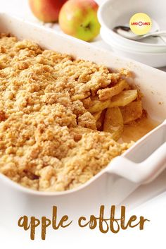 Apple cobbler may become one of your favorite apple desserts once you try this recipe. Serve this old-fashioned crunchy cobbler warm, with a scoop of ice cream. Apple Desserts, Köstliche Desserts, Delicious Desserts, Snack Recipes, Dessert Recipes, Cooking Recipes, Cooking Rice, Cinnamon Recipes, Cooked Apples