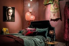 Kalkverf in roodtint (Rosso Antico)(Fotocredits: Meker Wonen.nl)
