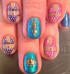 Nails for summer: beach nails. Even with itsy-bitsy-teeny-tiny polka-dotted bikinis!